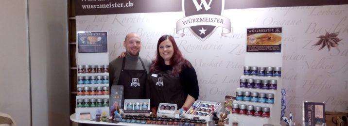 Header Bild von Yves und Tania an ihrem Stand an der Gourmessa 2014 in Zürich.
