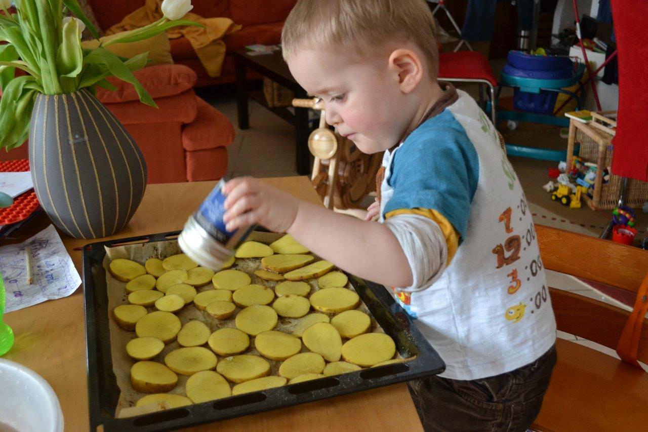 Bild zum Rezept Kartoffeln mit Rosmarin-Knoblauch Salz. So kinderleicht, dass es sogar ein Kind kann.